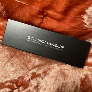 Studio Makeup Ease to Wear Makeup Palette
